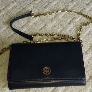 Tory Burch Chained wallet